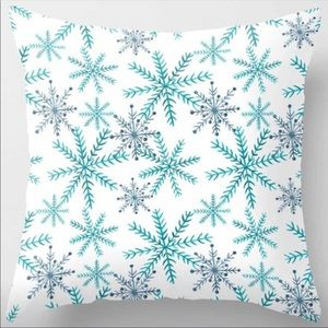Snowflake ❄️ Pillow Cover